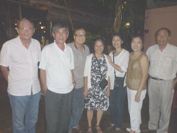 Lô Dê Thăm Viếng